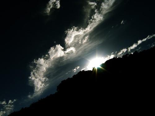 Nedjeljna pobožnost – 22. nedjelja nakon Trojstva – Svjetlo i tama