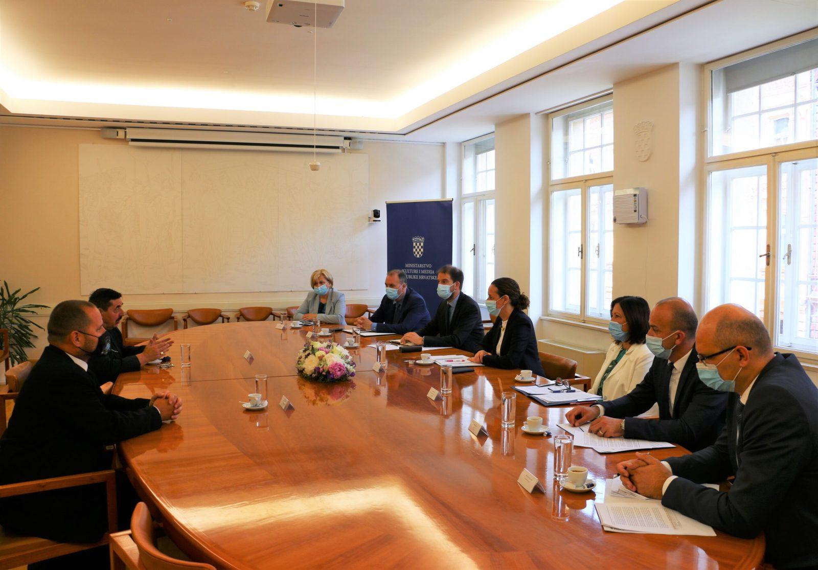 Potvrđeni kvalitetni odnosi s Vladom Republike Hrvatske i uspješna suradnja na područjima od zajedničkog interesa